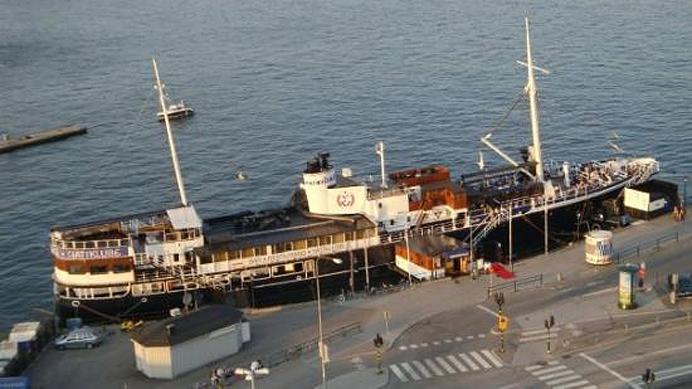 Patricia-båt-restaurang